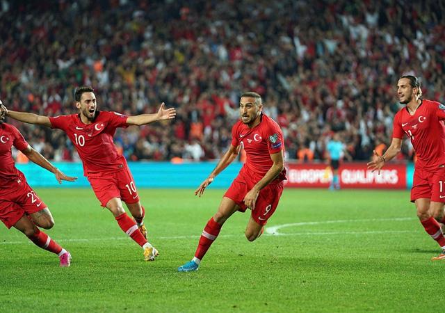 Türkiye-İzlanda maçının muhtemel 11'leri