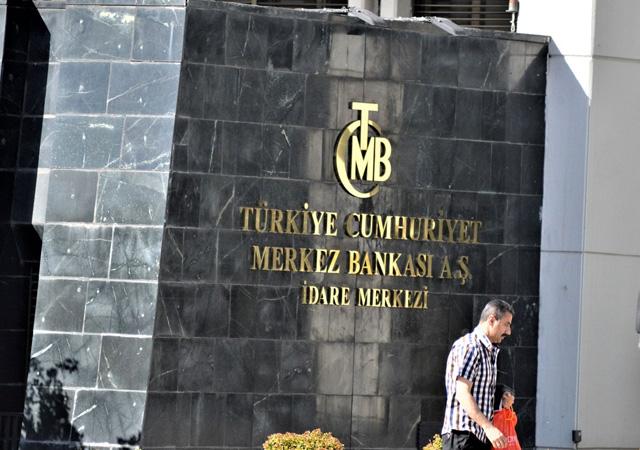 Merkez Bankası'nın enflasyon ve dolar beklentisi geriledi