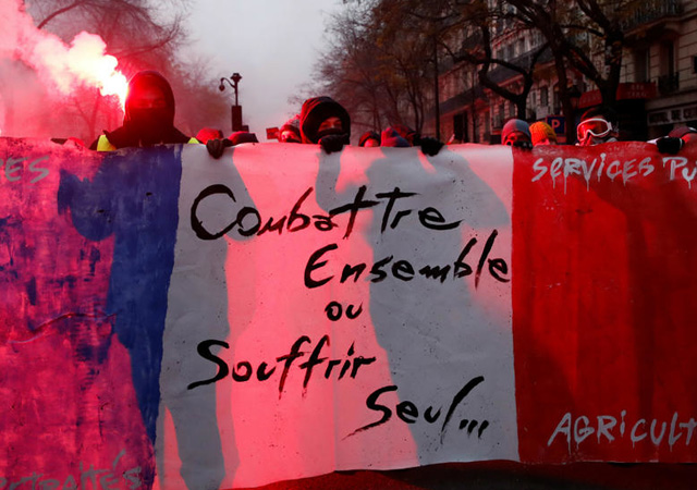 Fransa'da grev 2. gününde: Sendikalar yeni eylem çağrısı yaptı