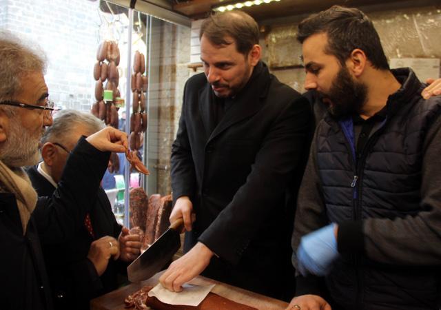 Bakan Berat Albayrak Kayseri'de esnafı ziyaret etti
