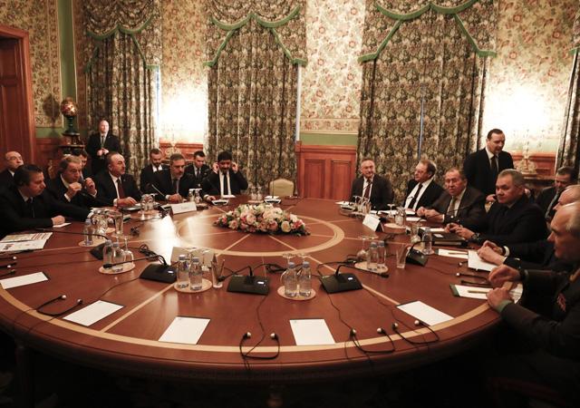 Libya toplantısı başladı: Çavuşoğlu ve Akar, Rus mevkidaşlarıyla görüşüyor