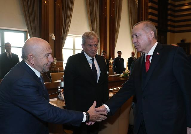 Cumhurbaşkanı Erdoğan kulüp başkanlarını kabul etti