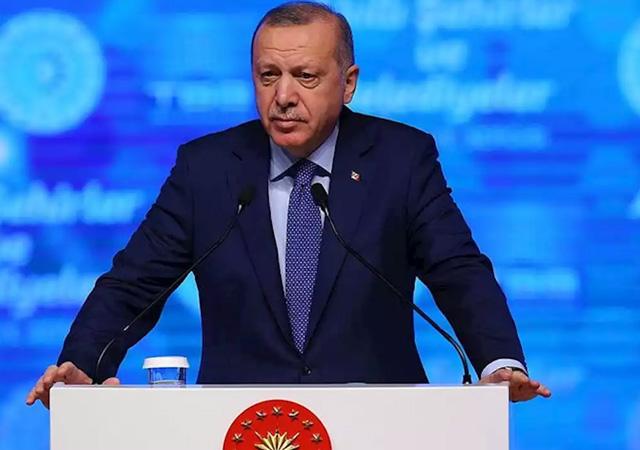 Erdoğan: Şovmenlerin maskeleri düştü