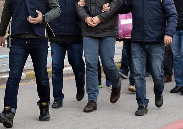 16 MEB çalışanına FETÖ'den gözaltı kararı