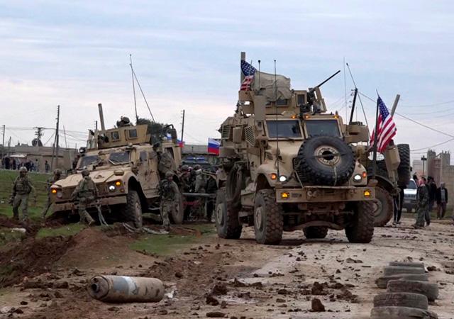 Amerikan askerleriyle rejim güçleri çatıştı
