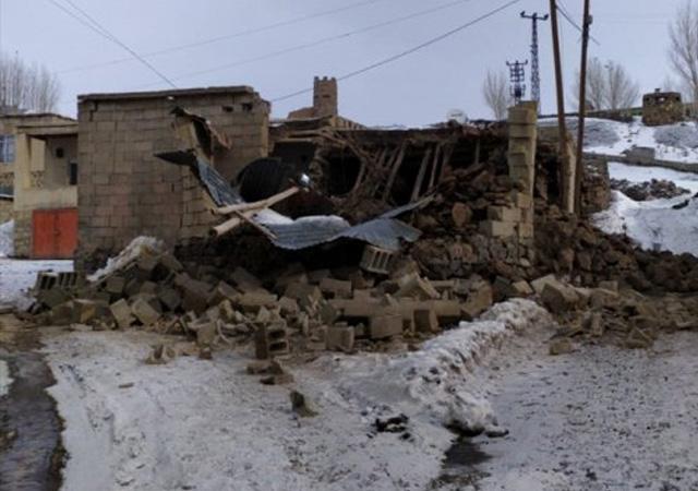İran'da büyük deprem! Van'da ölü ve yaralılar var