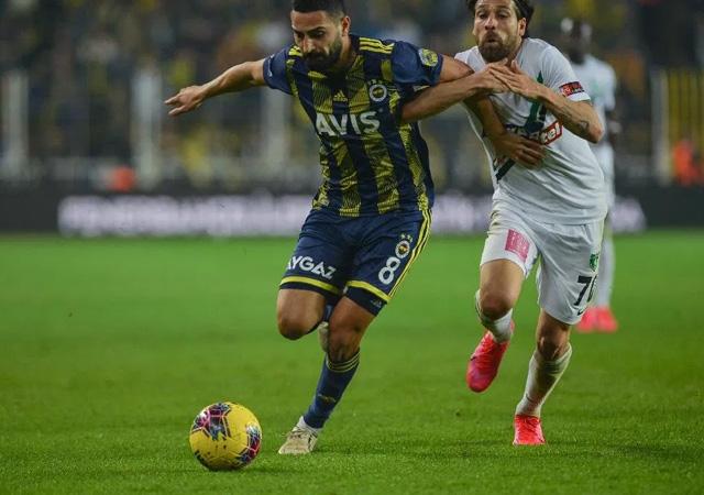 Fenerbahçe, sahasında Denizlispor ile berabere kaldı