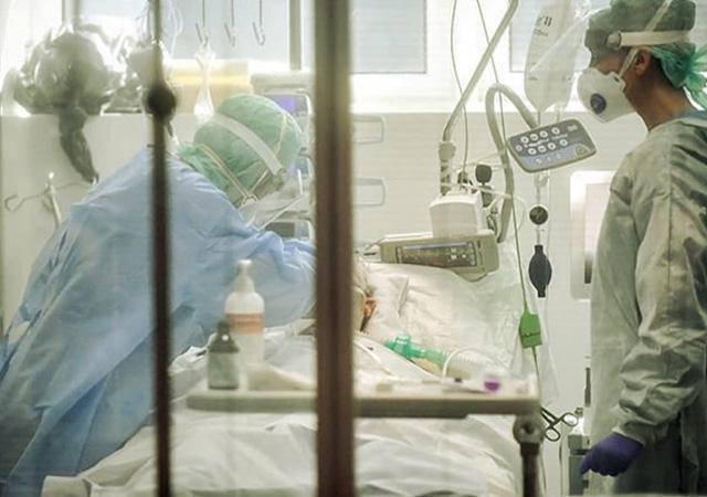 Özel ve vakıf hastaneleri salgın hastanesi ilan edildi