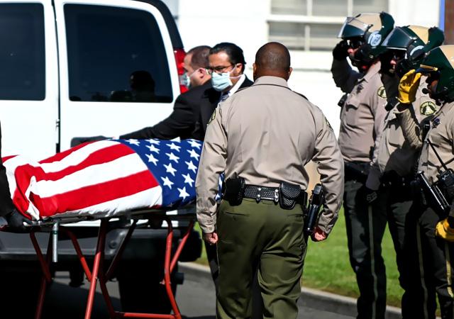 ABD'de ölü sayısı 8 bini geçti