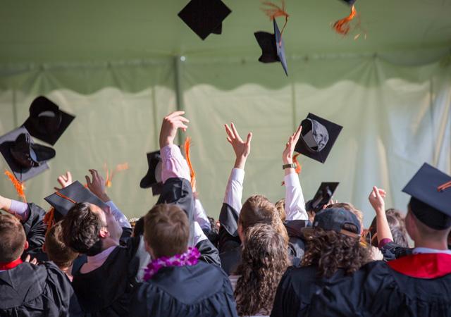 Doktora mezunları için ALES şartı kaldırıldı
