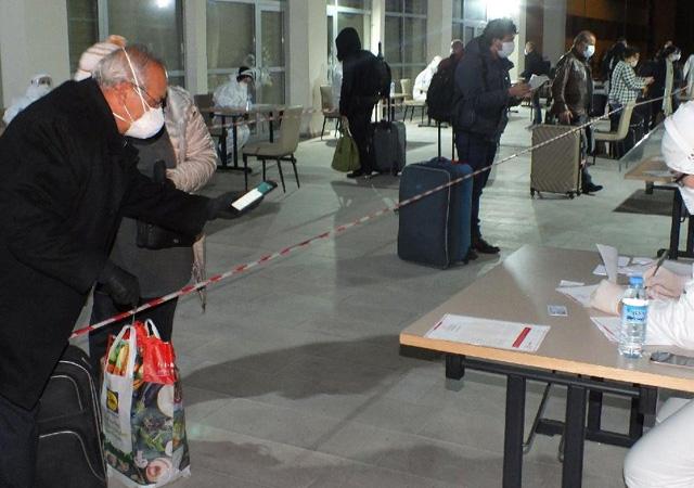 Sağlık Bakanlığı'ndan yeni genelge: Yurt dışından gelenler KYK yurtlarında kalmayacak