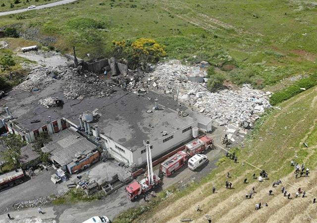 Başakşehir'de fabrikada patlama: 2 kişi hayatını kaybetti