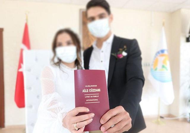 Düğün salonları 1 Temmuz'da açılıyor: Gelin ve damat hariç dans ve halay yasak