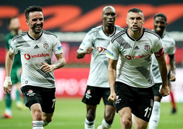 Beşiktaş farklı kazandı! 3-0