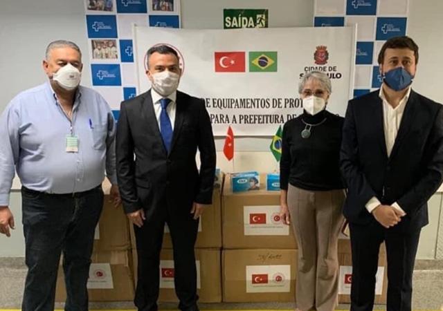 Türkiye'den Brezilya'ya maske yardımı