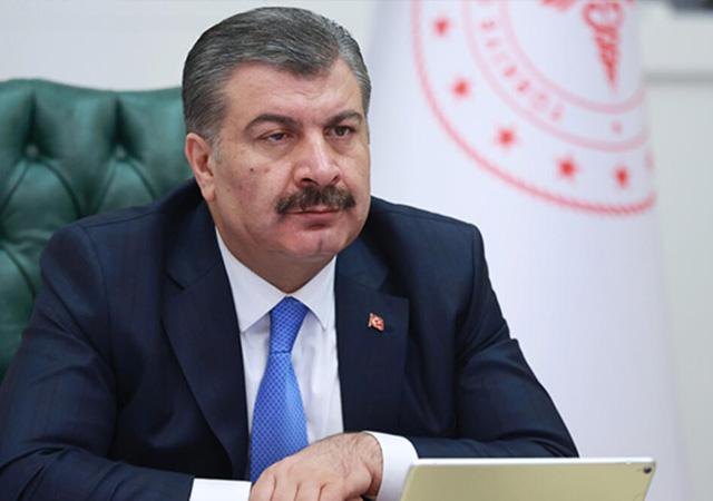 Sağlık Bakanı Koca'dan 'asker uğurlama' uyarısı: Arkadaşlarına arkadaşlık yapmıyorlar