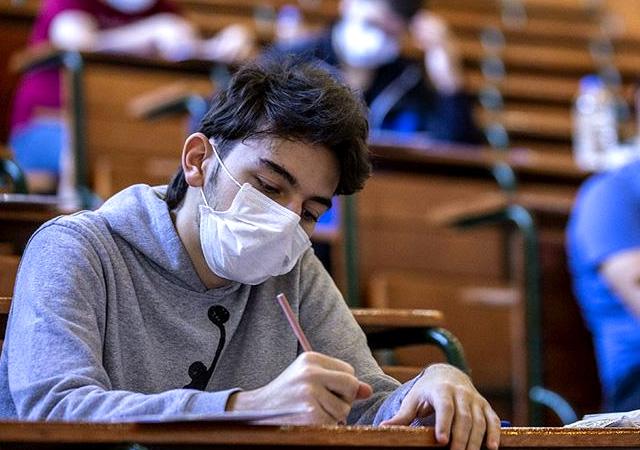 Sağlık Bakanlığı duyurdu! Okullarda alınacak corona önlemleri