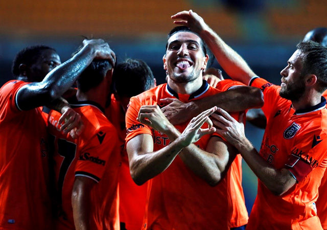 Lider Başakşehir Denizlispor karşısında hata yapmadı! 2-0
