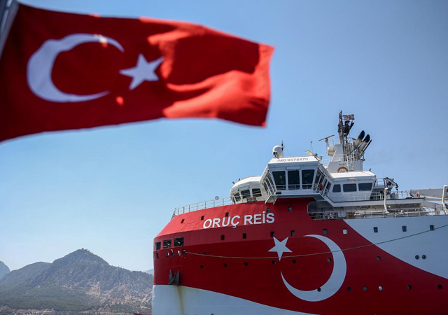 Doğu Akdeniz'de gerilim tırmanıyor: Yunanistan Savunma Konseyi acil kodlu toplandı