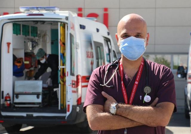 Bilim Kurulu üyesi Kayıpmaz: 125 bin kişi toplum sağlığını tehlikeye attı