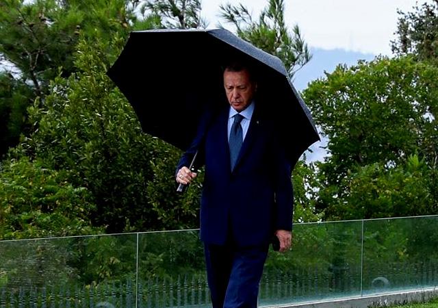 Başkan Erdoğan fotoğraf paylaştı: Mesaiye devam