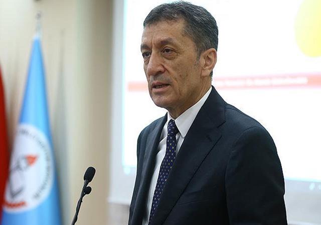 Milli Eğitim Bakanı Ziya Selçuk'tan müfredat açıklaması
