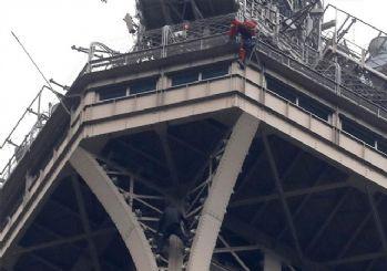 Eyfel kulesi tahliye edildi