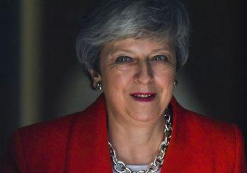 Theresa May istifa edecek!