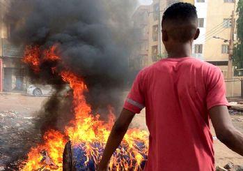 Sudan ordusu kendi halkını vuruyor: Ölü sayısı artıyor
