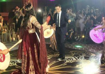 Mesut Özil ve Amine Gülşe'nin kına gecesi sosyal medyayı salladı