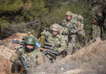 Azez'de TSK üssüne saldırı: 1 asker hayatını kaybetti, 4 asker yaralı