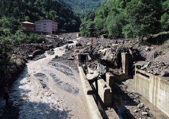 Trabzon'da sel faciası: Ölenlerin sayısı 4'e yükseldi!