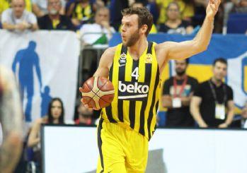 Fenerbahçe kazandı! Müthiş final son maça kaldı