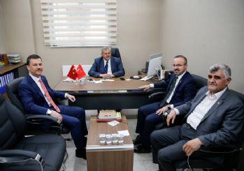 AK Parti'den Saadet Partisi'ne sürpriz ziyaret!