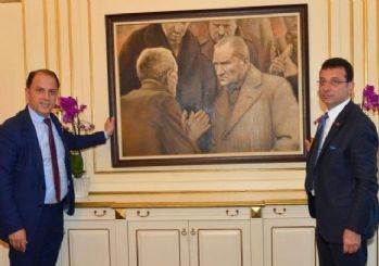İBB Başkanı'nın odasına Atatürk resmi tekrar asıldı