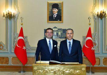 İstanbul Valiliği'nden Atatürk portresi açıklaması: Kesinlikle kasıt yok
