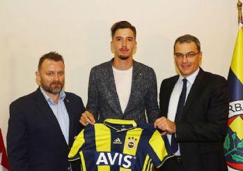 Altay Bayındır Fenerbahçe'de!