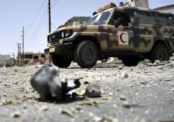 Yemen'de askeri geçit törenine çifte saldırı: 32 ölü