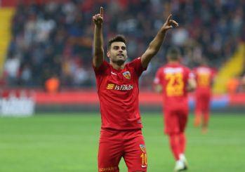 Fenerbahçe, Deniz Türüç'ün transferini açıkladı