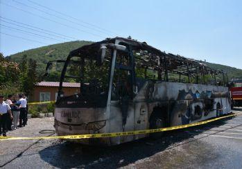 Yanan yolcu otobüsünde hayatını kaybedenlerin kimliği belli oldu