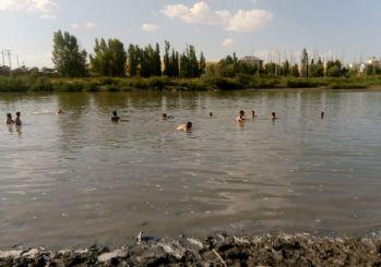 Muş'ta Murat Nehri'ne giren 3 çocuk boğuldu
