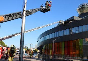 Üsküdar Bilim Merkezi'nde yangın