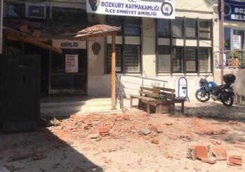 Denizli'de meydana gelen depremden ilk görüntüler!