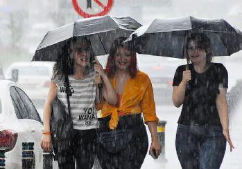 Meteoroloji uyardı: İstanbul'a kuvvetli sağanak!