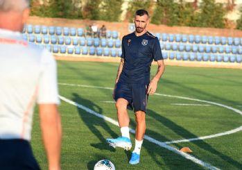 Başakşehir'den Mehmet Topal'a hoşgeldin videosu!