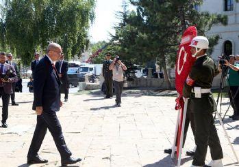 Erdoğan: Vatanımıza, uzanan her eli kırdık!