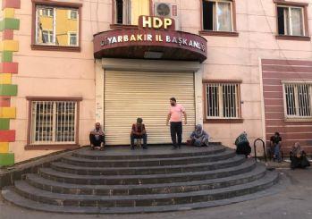 HDP önünde eylem yapan aile sayısı 4'e yükseldi