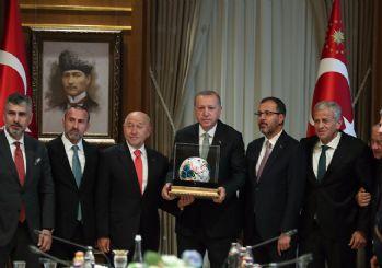 Cumhurbaşkanı Erdoğan, TFF Yönetim Kurulu ile görüştü