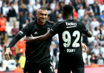 Beşiktaş'dan Lider Alanyaspor'a çelme! 2-0