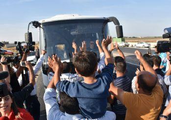 Operasyon için sınıra giden askerimize karşılama